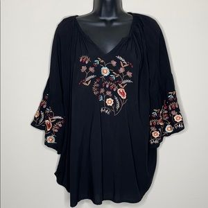 Solitaire 2X Floral Embroidered blouse Plus Size